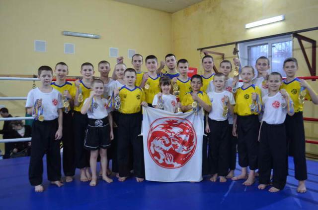 2019_komanda_gun-fu_serbina_-_v_kramatorske_chempionat_doneckoy_oblasti_kikboksing_iska_015.jpg